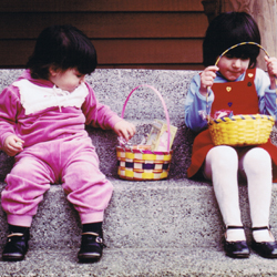 Teresa D'Ambrosio (right) and her sister as children
